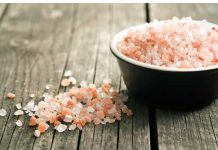 How a 1/4 teaspoon of Himalayan salt fights muscle pain, toxins, and belly fat.